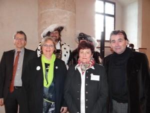 Eröffnung JHV 2014 in Burghausen / Bayern. (V. li.) Dr. Wolther v. Kieseritzky und Dr. Ute Jäger (BVGD), Margret Schwiebacher (Vors. Burghauser GF-Verein), Hans Steindl (BM Burghausen)